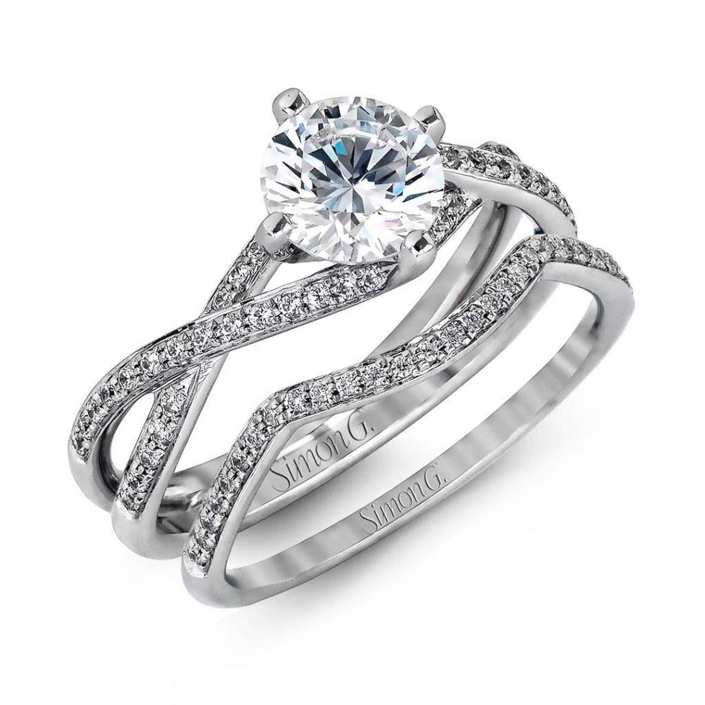Classic Romance MR1394 Diamond Solitaire Wedding Set MR1394