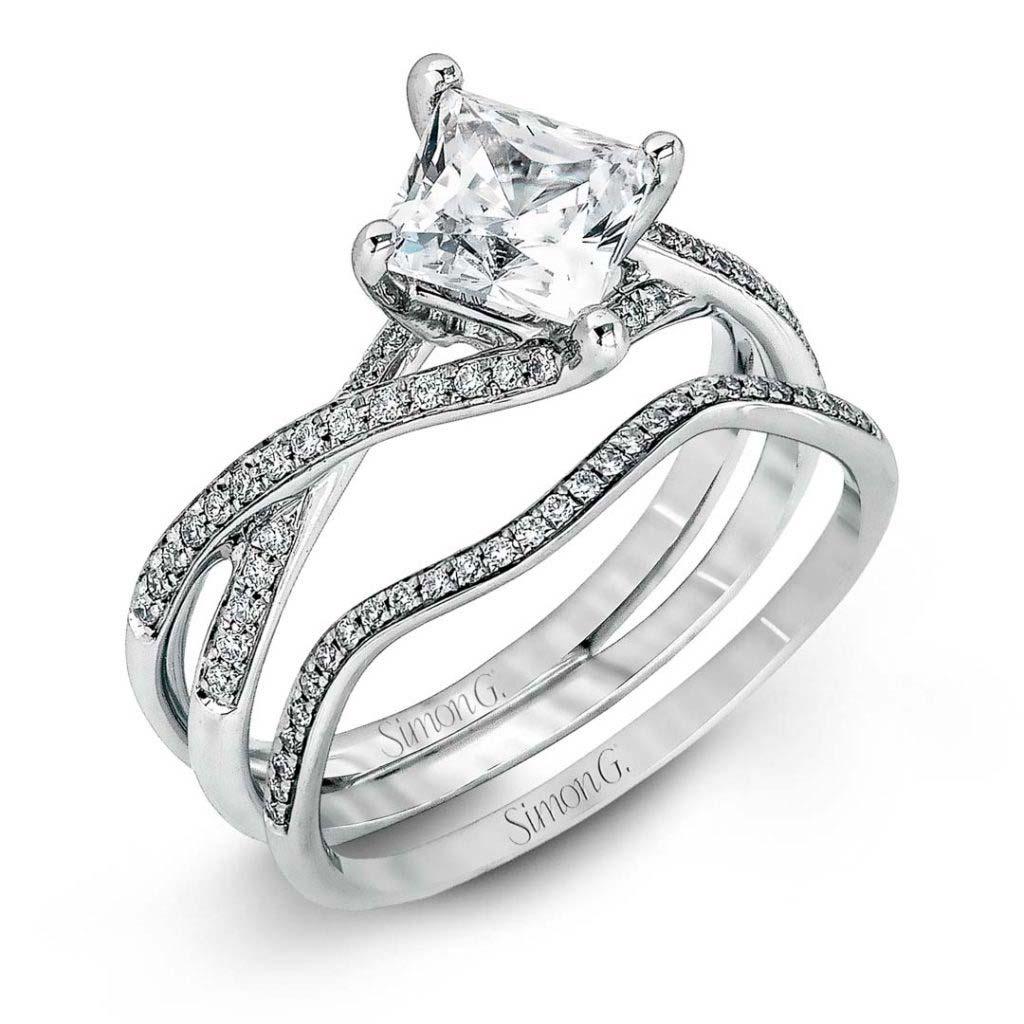 Classic Romance MR1395 Diamond Solitaire Wedding Set MR1395