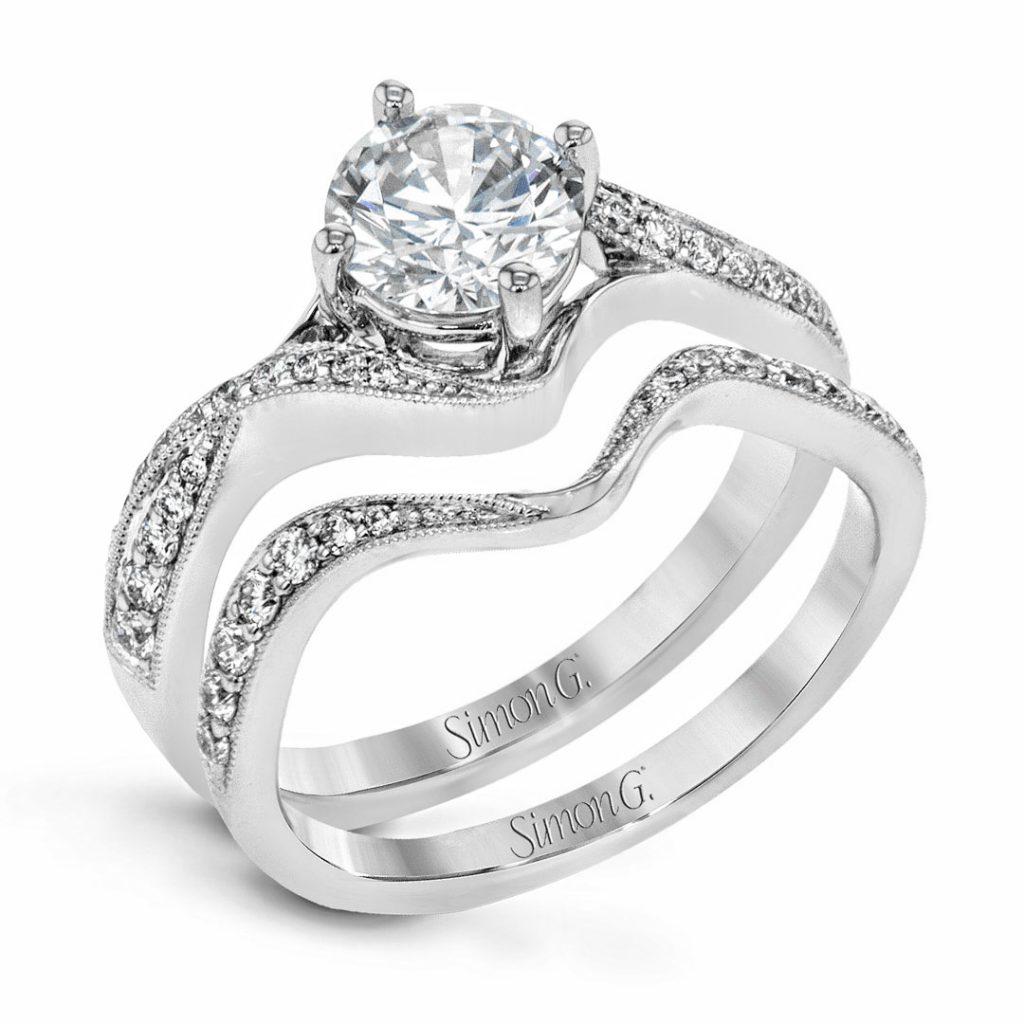 Classic Romance NR513 Diamond Solitaire Wedding Set NR513