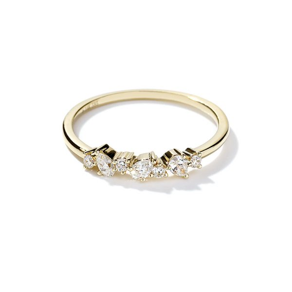 Pear and Round Cut Diamond Ring