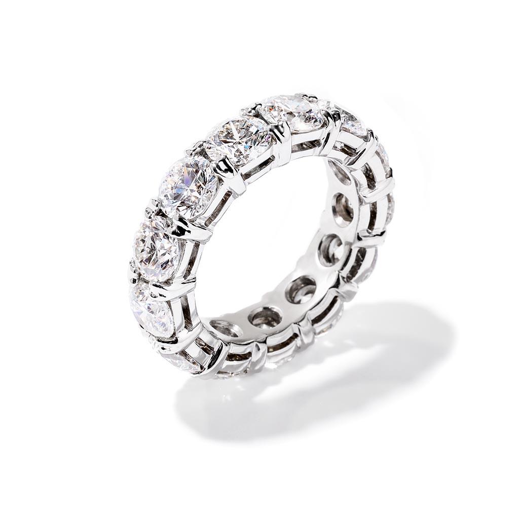 Round Diamond Eternity Wedding Band