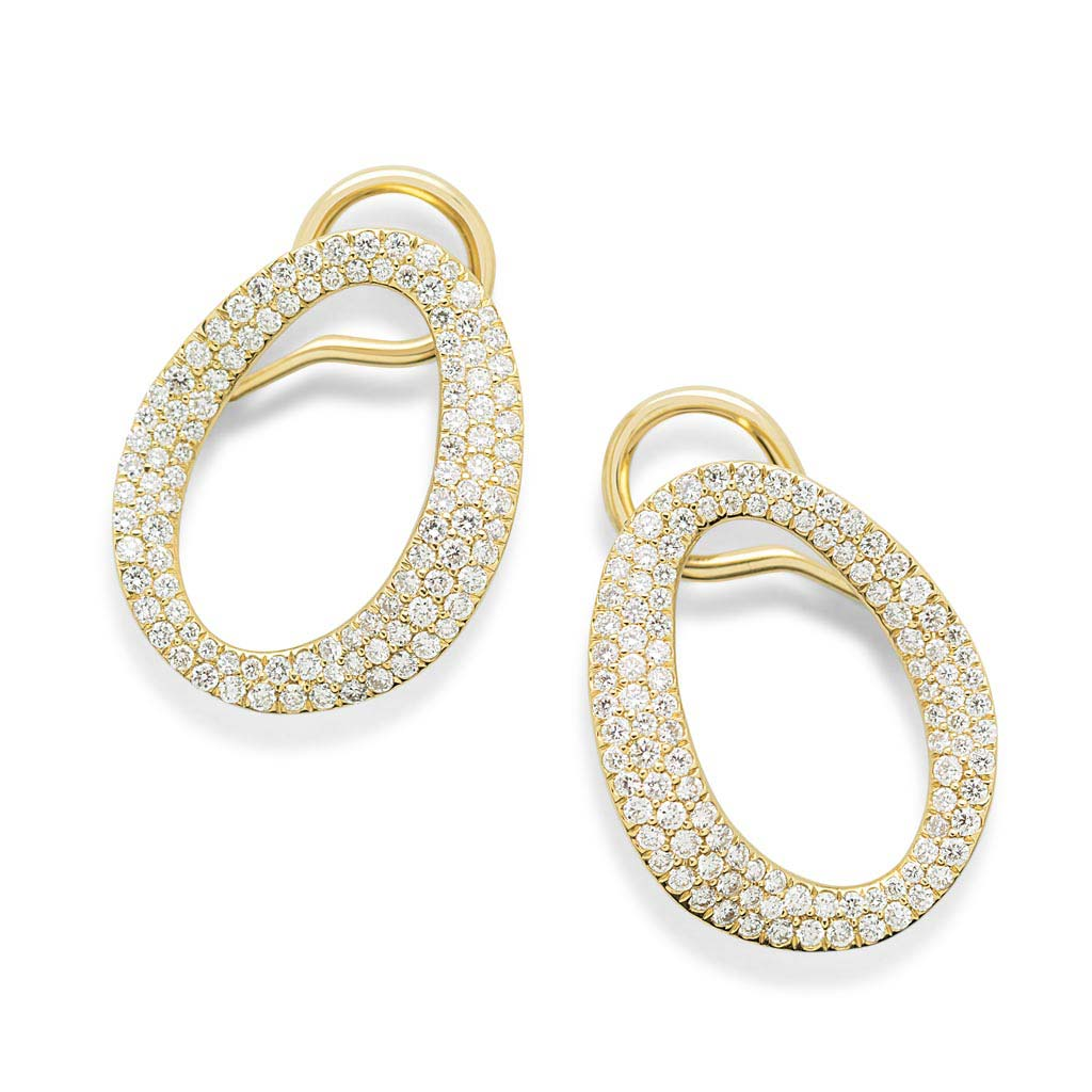 Small Cherish Link Earrings in 18k Gold with Diamonds